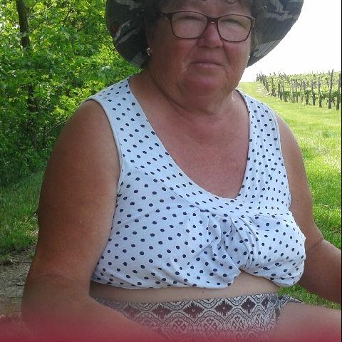 Mária, 67 éves társkereső nő - Dunaszentgyörgy