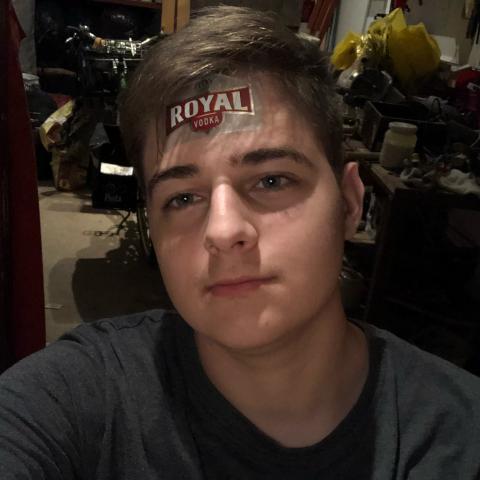 Benedek, 19 éves társkereső férfi - Debrecen