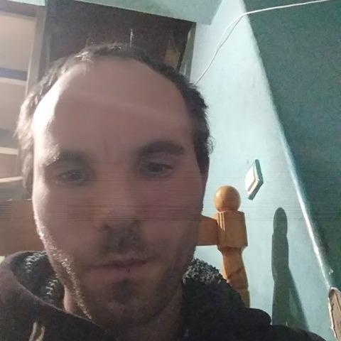 Zsolt, 31 éves társkereső férfi - Debrecen