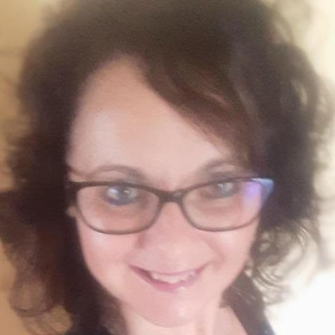 Anikó, 42 éves társkereső nő - Kecskemét