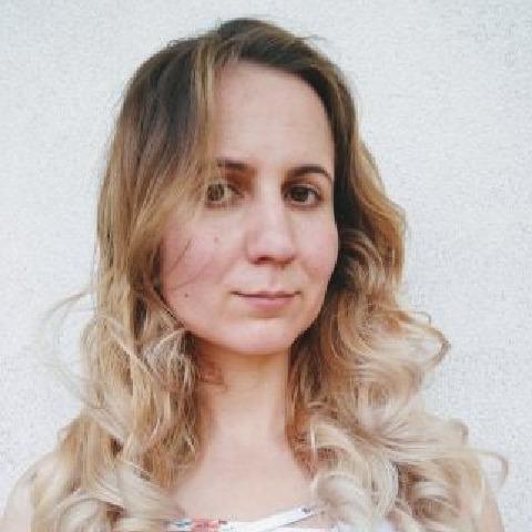 Nikki, 31 éves társkereső nő -