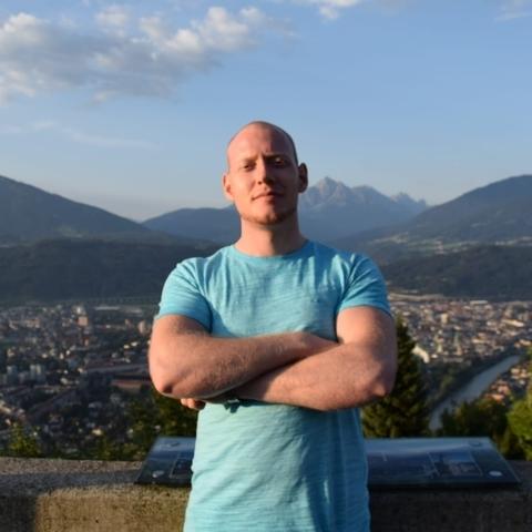 Ákos, 27 éves társkereső férfi - Wien