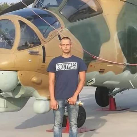 repülőgép pilóta társkereső