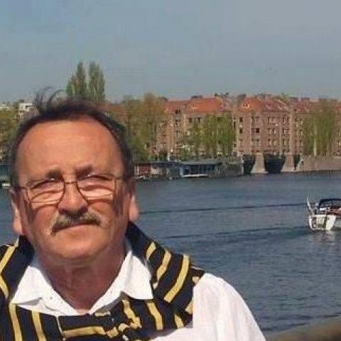 Péter, 68 éves társkereső férfi - Szeged