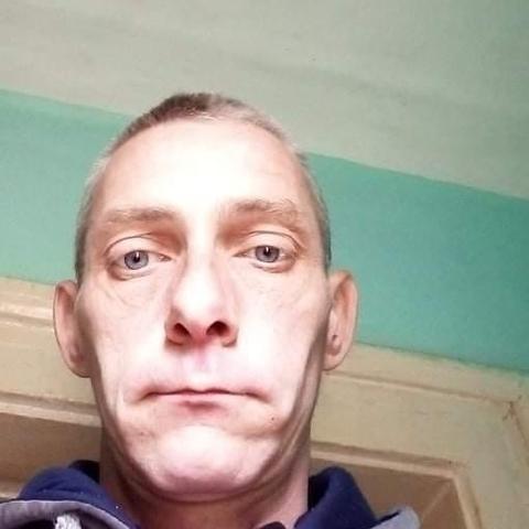 László, 41 éves társkereső férfi - Beszterec