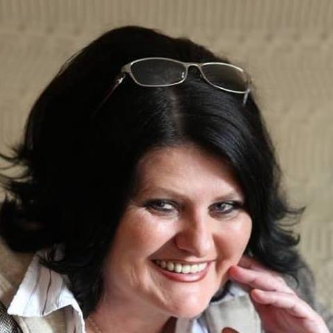 Judit, 65 éves társkereső nő - Miskolc