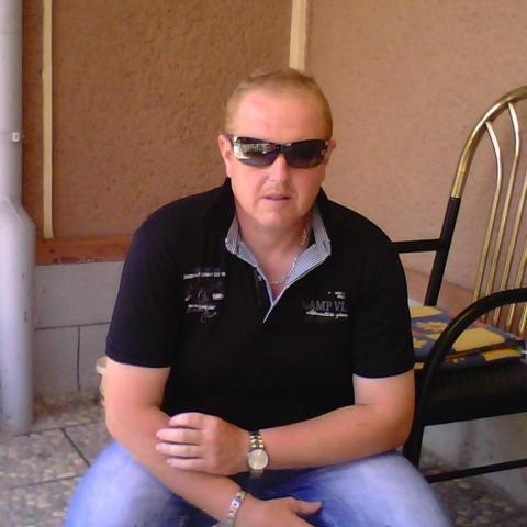 Istvan, 43 éves társkereső férfi - Vállaj