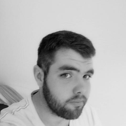 Gábor, 27 éves társkereső férfi - Nagymányok