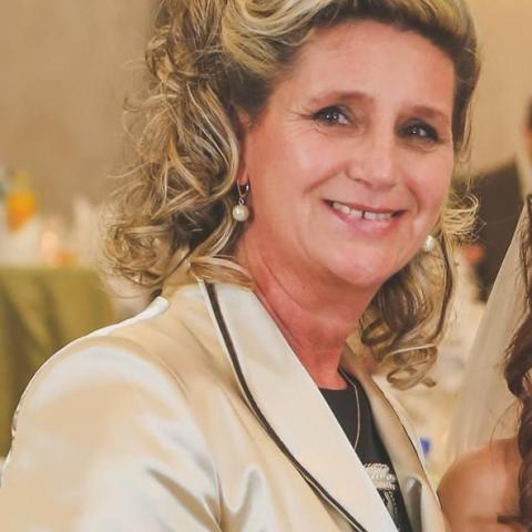 Ági, 55 éves társkereső nő - Miskolc