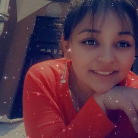 Bettina , 19 éves társkereső nő - Nyírbéltek