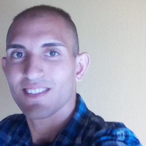Ádám, 25 éves társkereső férfi - Zalaegerszeg
