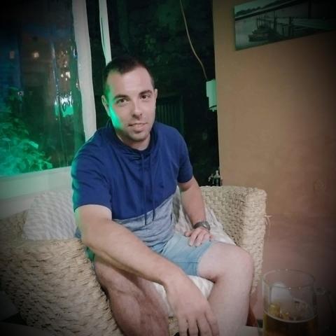 Zoli, 31 éves társkereső férfi - Gelej