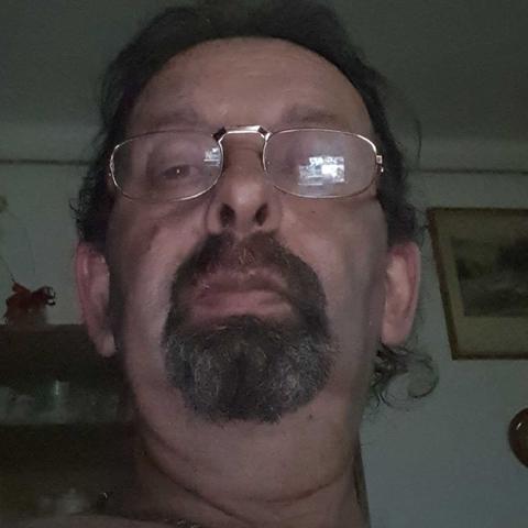 Tibor, 57 éves társkereső férfi - Ózd