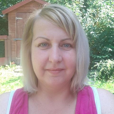 Erika, 43 éves társkereső nő - Győrújbarát