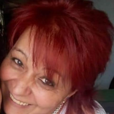 Emma, 54 éves társkereső nő - Salgótarján