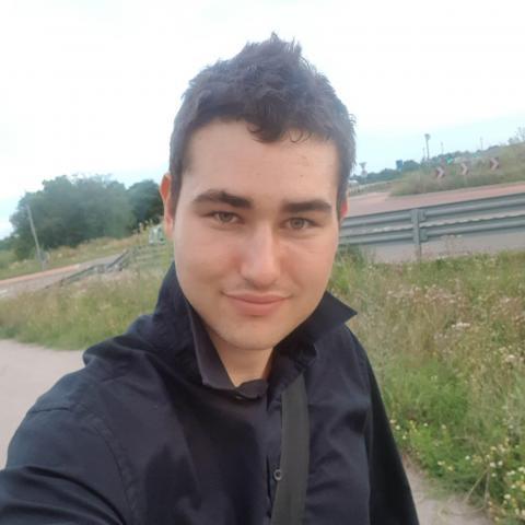 Dávid, 25 éves társkereső férfi - Szatymaz