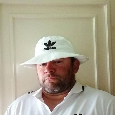 Tamás, 40 éves társkereső férfi - Pacsa