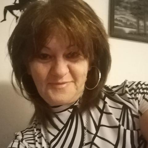 Ildikó , 61 éves társkereső nő - Hajdúszovát