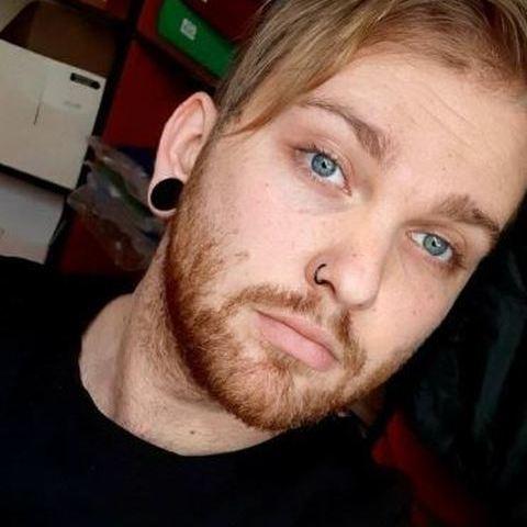 Mark, 22 éves társkereső férfi - Dévaványa