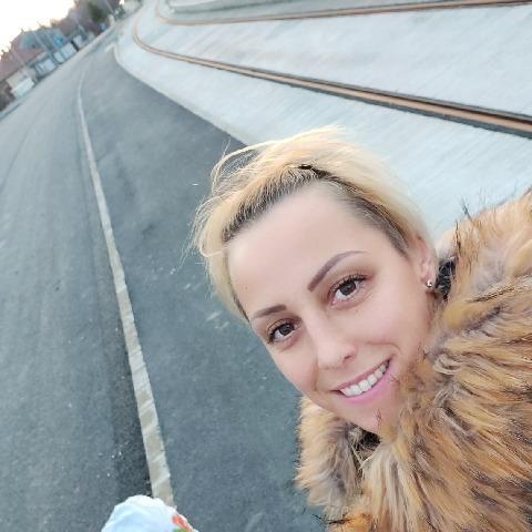 Szilvia, 41 éves társkereső nő - Hódmezővásárhely