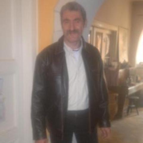 Gábor, 60 éves társkereső férfi - Salgótarján