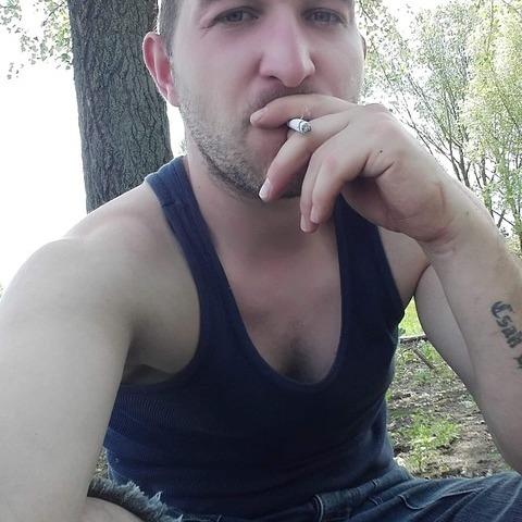 Benjámin, 24 éves társkereső férfi - Debrecen