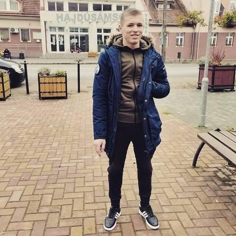 Zsolt, 25 éves társkereső férfi - Debrecen