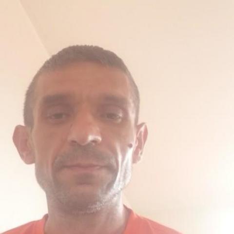 Benjamin, 42 éves társkereső férfi - Losonc