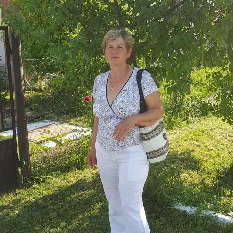 Eszter, 53 éves társkereső nő - Kecskemét