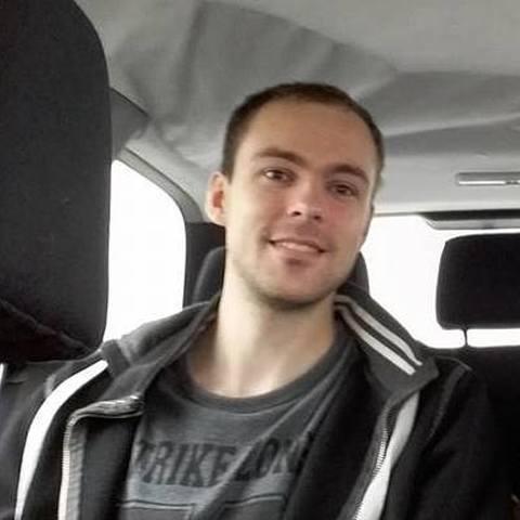 Richárd, 31 éves társkereső férfi - Mezőkövesd