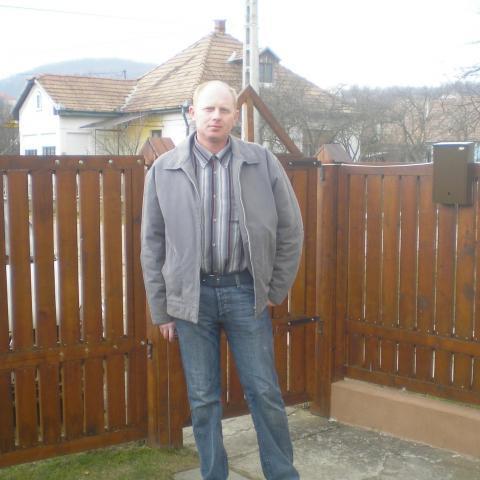 Zsolt, 44 éves társkereső férfi - Buják