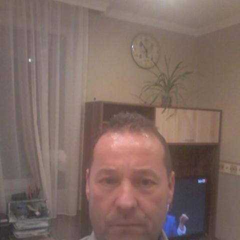 Tibor, 52 éves társkereső férfi - Balatonkenese