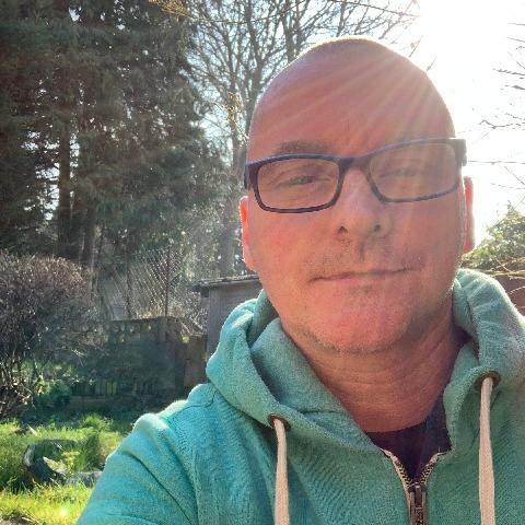 Attila, 46 éves társkereső férfi -