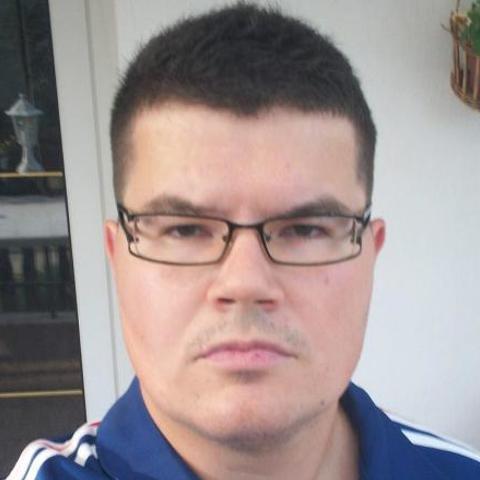Ákos, 34 éves társkereső férfi - Kazincbarcika