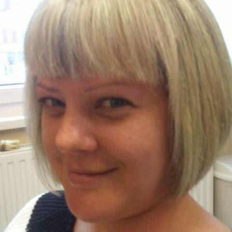 Angela, 34 éves társkereső nő - Miskolc