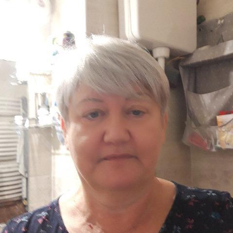 Erzsi, 62 éves társkereső nő - Budapest