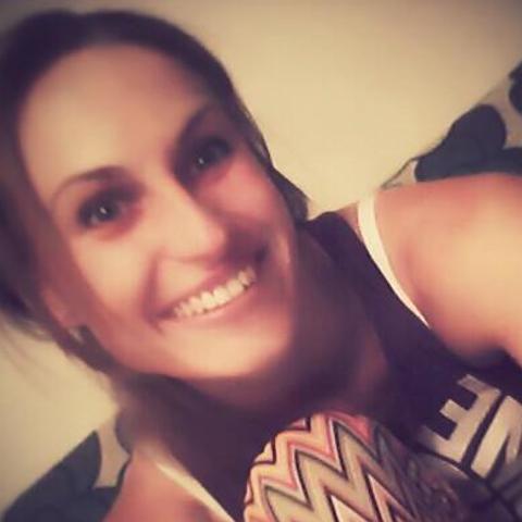 Zsófi, 36 éves társkereső nő - Mezőkövesd