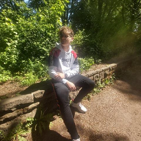 Attila, 20 éves társkereső férfi - Baktalórántháza