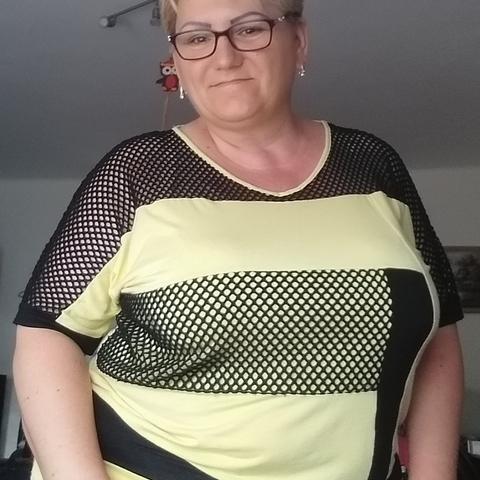 Andrea, 48 éves társkereső nő - Hatvan