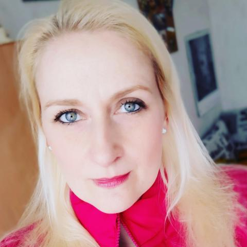 Ági, 36 éves társkereső nő - Miskolc