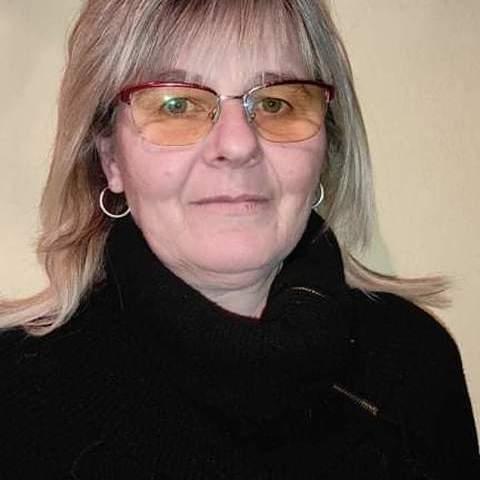 ERIKA, 54 éves társkereső nő - Székesfehérvár