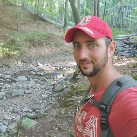 Ádám , 30 éves társkereső férfi - Püspökladány