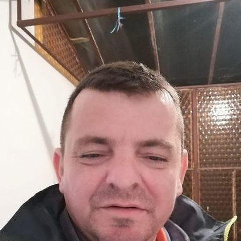 Róbert, 42 éves társkereső nő - Fábiánháza