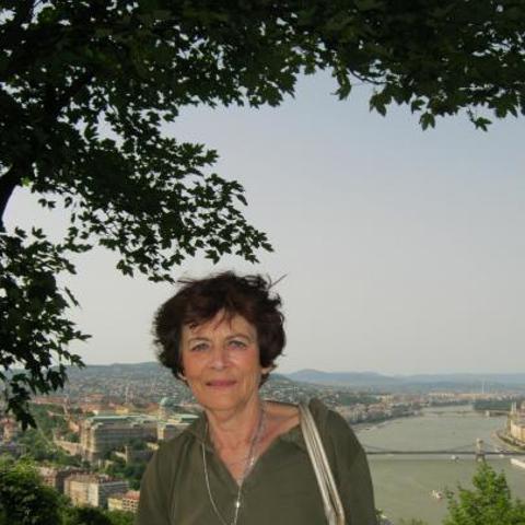 Judit, 68 éves társkereső nő - Gyöngyös