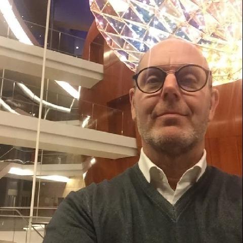 Elek Gábor, 57 éves társkereső férfi - Debrecen