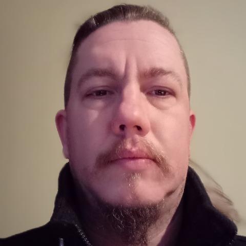 Péter, 39 éves társkereső férfi - Veszprém