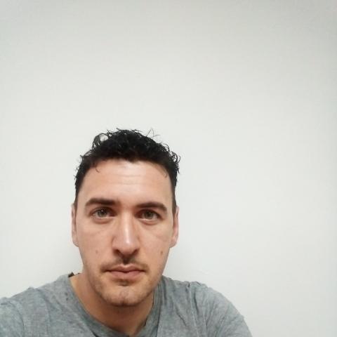 Péter, 33 éves társkereső férfi - Esztergom