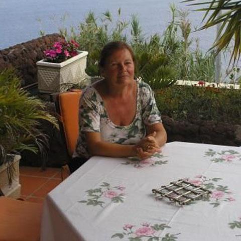 Ottilia, 77 éves társkereső nő - Tiszaroff