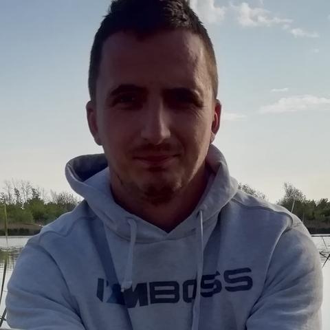 János, 32 éves társkereső férfi - Mór