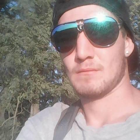 Krisztofer, 26 éves társkereső férfi - Kajászó